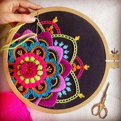 Aprende hacer hermosos bordados mandala
